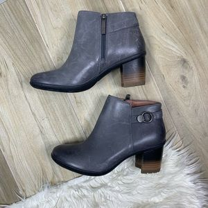 NEW Perry Grey Waterproof Burnished Ankle Bootie